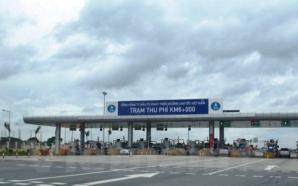 Trạm thu phí tuyến cao tốc Nội Bài-Lào Cai. (Ảnh: Việt Hùng/Vietnam+)