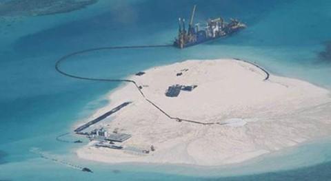 Trung Quốc thực hiện các hoạt động cải tạo trái phép tại bãi Gạc Ma thuộc quần đảo Trường Sa của Việt Nam. Ảnh: SCMP
