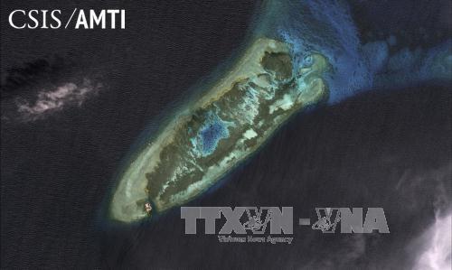 Một trong những hòn đảo nhân tạo mà Trung Quốc đã xây dựng trái phép ở quần đảo Trường Sa của Việt Nam. Ảnh: Reuter/TTXVN