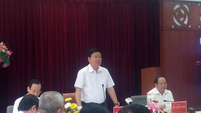 Bí thư Thành ủy TP.HCM Đinh La Thăng làm việc với ban lãnh đạo Khu công nghệ cao TP.HCM sáng 3.3 - Ảnh: Trung Hiếu