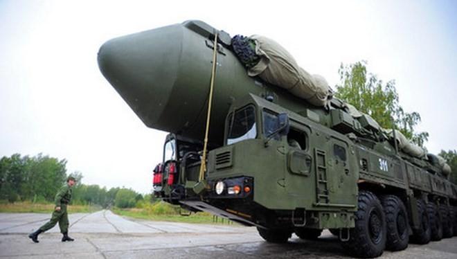 Tên lửa đạn đạo liên lục địa tối tân RS-26 Rubezh của Quân đội Nga. (Nguồn: Ria Novosti)