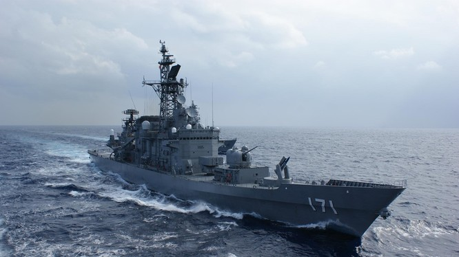 Tàu chiến của Lực lượng Phòng vệ Biển Nhật Bản. Ảnh: MSDF
