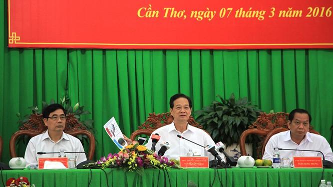 Thủ tướng Nguyễn Tấn Dũng chủ trì cuộc họp với các địa phương ĐBSCL sáng 7.3 - Ảnh: Đình Tuyển