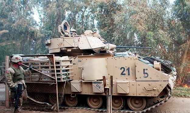 Video thiết giáp Bradley của Arab Saudi bị diệt bằng cách nào ?