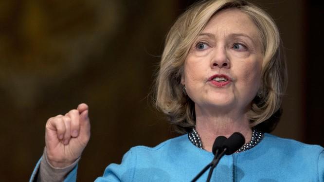 Duma Nga đề nghị áp đặt trừng phạt Hillary Clinton