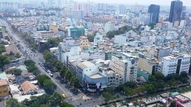 TPHCM, trung tâm kinh tế lớn nhất nước, cũng là nơi diễn ra nhiều cuộc sáp nhập ngân hàng những năm qua. Ảnh: Hồng Phúc