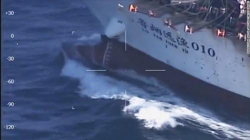 Lực lượng bảo vệ bờ biển Argentina cho biết lý do đánh chìm tàu Trung Quốc là vì tàu này đánh cá trái phép.