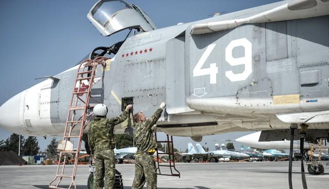 """Tin nóng 24h: Biển Đông tiếp tục nóng; Nga rút quân khiến thế giới choáng; Bí thư Thăng nổi như """"sâu bít""""; Dân Việt toàn người no đủ; Dấu ấn Nga ở Syria, chiến sự vẫn quyết liệt"""