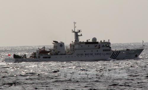 Một tàu hải cảnh của Trung Quốc tại vùng biển gần đảo tranh chấp Điếu Ngư/Senkaku trên biển Hoa Đông ngày 3/3/2014. Ảnh: AFP/ TTXVN