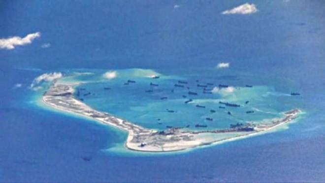 Tàu Trung Quốc tại Biển Đông. (Nguồn: thedailystar.net)