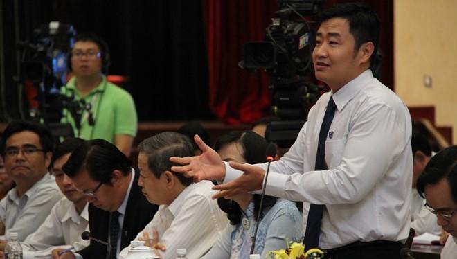 Tiến sĩ Trần Hữu Lộc (ĐH Nông lâm TP HCM) phát biểu tại buổi gặp. Ảnh: P.T
