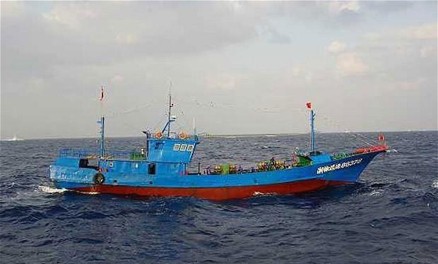 Một tàu cá của Trung Quốc. Ảnh: Reuters
