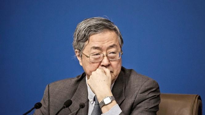 Thống đốc Ngân hàng Nhân dân Trung Quốc Chu Tiểu Xuyên - Ảnh: Bloomberg