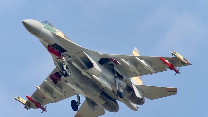 Tiêm kích Su-35 đang được nhiều nước chú ý - Ảnh: Russianplanes.net