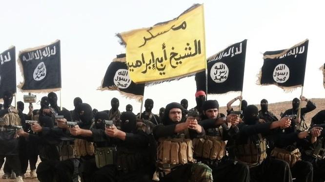 Các phiến quân IS ở Syria (ảnh: Islamic Social Media)
