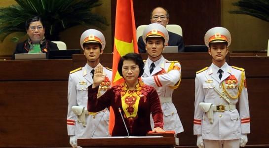 Bà Nguyễn Thị Kim Ngân tuyên thệ khi nhậm chức. Ảnh: Giang Huy.