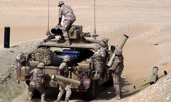 Video phiến quân Huthis tiêu diệt đoàn cơ giới, thu chiến lợi phẩm của quân Arab Saudi