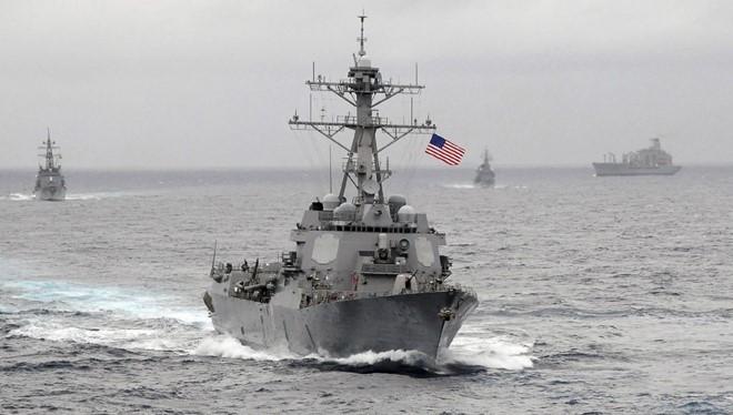 Tàu khu trục trang bị tên lửa dẫn đường USS Lassen của Mỹ. Ảnh: Reuters