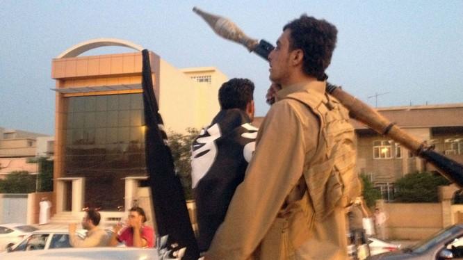 Không quân liên quân phá hủy lãnh sự quán Thổ Nhĩ Kỳ tại Iraq