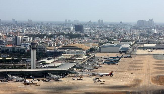 Bô GTVT cho rằng việc xin cấp phép thêm các hãng hàng không sẽ tạo ra sự cạnh tranh trên thị trường, điều này sẽ giúp người tiêu dùng hưởng lợi. Ảnh: Anh Quân