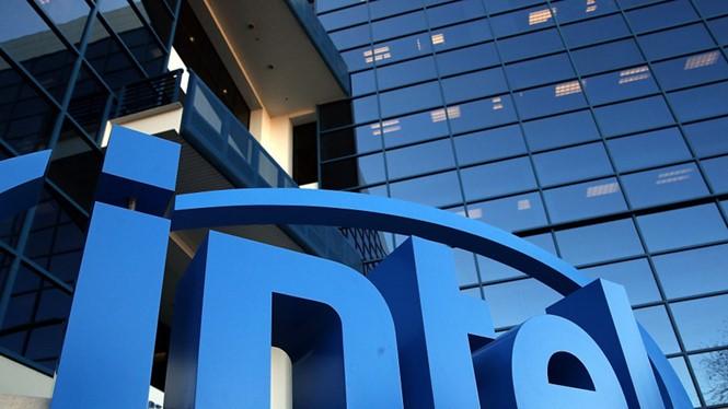 12.000 nhân viên của Intel trên toàn cầu sẽ phải mất việc làm - Ảnh: AFP
