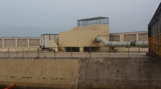 Ống nước thải đường kính 1m, kéo dài 1,5km ra biển của Cty FHS.