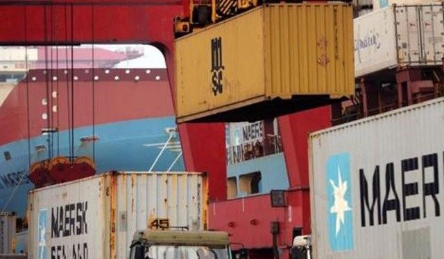 Năm 2015, tỷ trọng xuất khẩu của Trung Quốc so với thế giới cao nhất trong gần 50 năm qua. Ảnh: Reuters