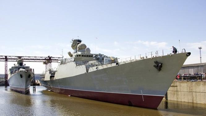 Ngày 27.4, Nhà máy đóng tàu Maxim Gorky ở Zelenodolsk, Cộng hoà Tatarstan, Nga đã làm lễ hạ thuỷ chiếc tàu chiến lớp Gepard 3.9 thứ 3 cho Hải quân Việt Nam, trước sự chứng kiến của quan chức Việt Nam, Nga và Tatarstan.