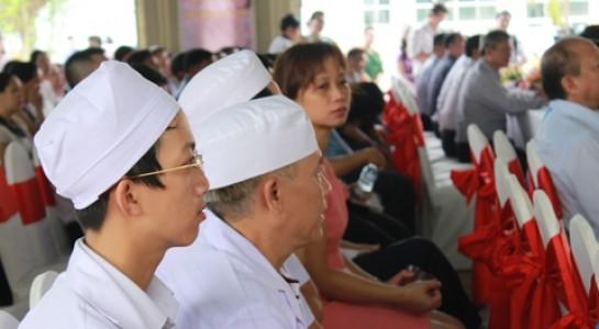 Sở Y tế cử 40 bác sĩ từ các bệnh viện thành phố hỗ trợ đảm bảo hoạt động khám bệnh, chữa bệnh 24/24 giờ cho người dân huyện Củ Chi.