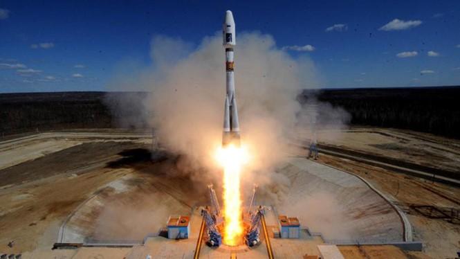 Tên lửa vũ trụ đầu tiên được phóng từ sân bay vũ trụ Vostochny thành công vào ngày 28.4.2016 AFP