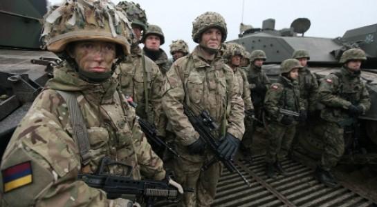 Binh sĩ NATO tham gia một cuộc tập trận chung
