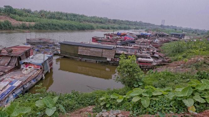 Sông Hồng, đoạn Tứ Liên - Tây Hồ, Hà Nội - Ảnh: Việt Dũng