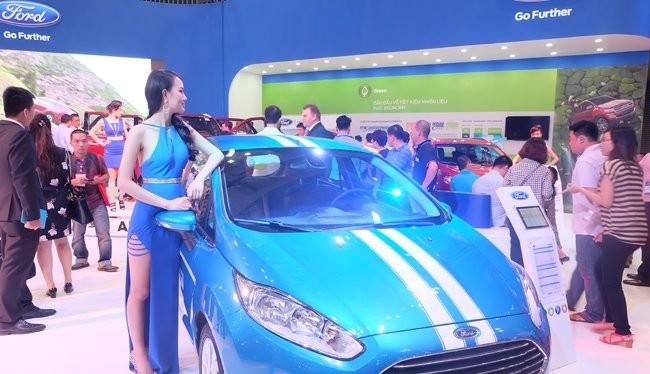 Một mẫu xe Fiesta của Ford Việt Nam được giới thiệu tại triển lãm. Ảnh: Quốc Hùng
