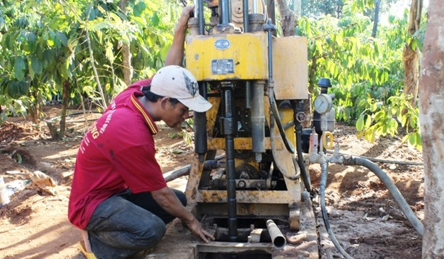 Lập tổ công tác tìm nguồn nước chống hạn