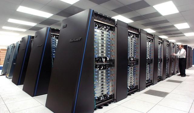 Hệ thống siêu máy tính của IBM.