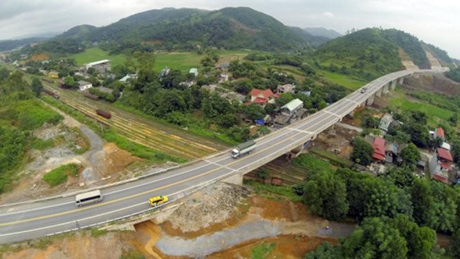 Cao tốc Nội Bài - Lào Cai tồn tại nhiều điểm nóng mất ATGT - Ảnh: VEC