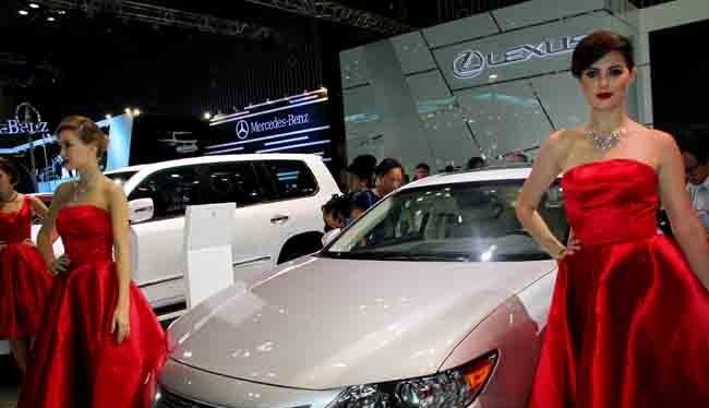 Một mẫu xe Lexus ES 350 được TMV giới thiệu tại một triển lãm ở TPHCM. Ảnh minh họa: Quốc Hùng