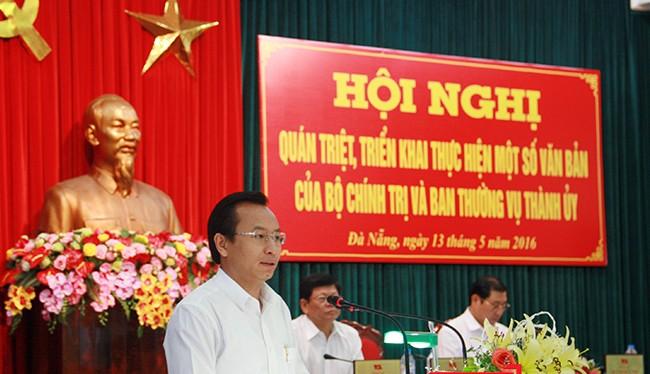 Theo Bí thư Thành ủy Đà Nẵng Nguyễn Xuân Anh, tham nhũng vặt kiểu này đang tồn tại rất nhiều và len lỏi trong mọi lĩnh vực đời sống xã hội.
