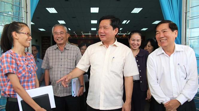 Bí thư thành ủy TP.HCM Đinh La Thăng tiếp xúc cử tri H.Củ Chi ngày 14.5