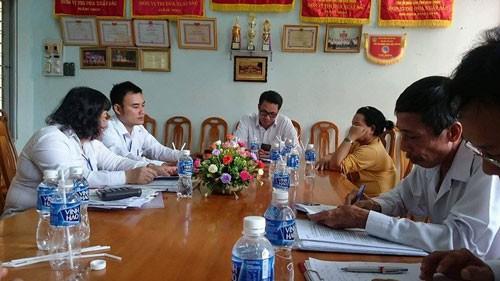 Buổi thương lượng bồi thường oan sai cho ông Huỳnh Văn Nén diễn ra trong tinh thần cầu thị. Ảnh: THUẬN BÌNH