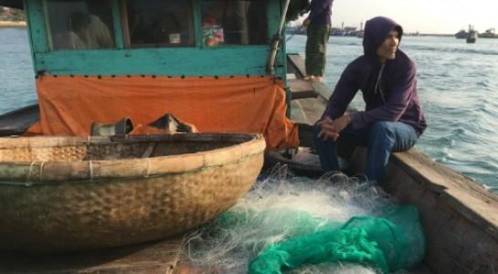 Ảnh: Ngư dân Le Tan quyết bám biển để bảo vệ chủ quyền quốc gia.