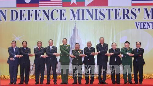 Các đại biểu tham dự hội nghị chụp ảnh chung. Ảnh: Nguyễn Chiến/TTXVN