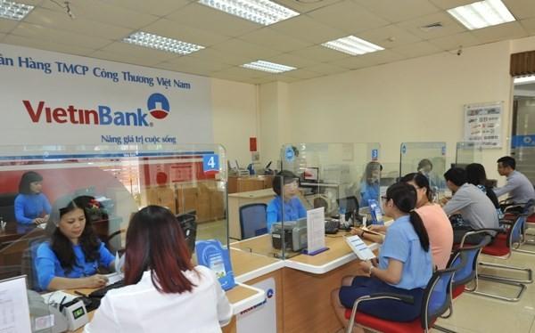 """VietinBank phản pháo Bộ Tài chính: kiến nghị được nới """"room""""và không chia cổ tức"""