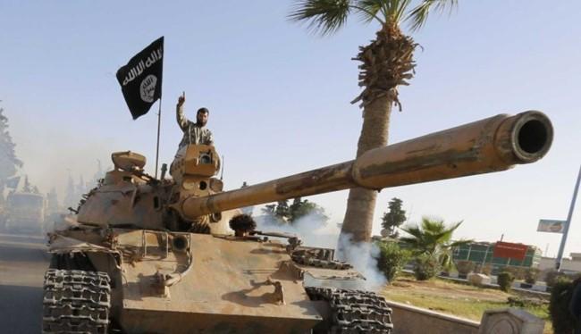 """Tin tức 24h: Mỹ cảnh cáo kẻ gây hấn Biển Đông; Trung Quốc hô hoán bị nước nhỏ """"bắt nạt""""; Nga coi Thổ là kẻ thù; Bí thư Thăng cần lương cao; Khủng bố vây Aleppo, quân Syria đánh Raqqa"""