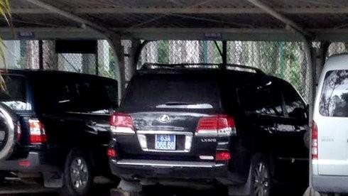 Tỉnh ủy Sóc Trăng trả lại xe Lexus mua bằng tiền phạt giao thông
