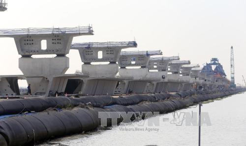 Dự án đường ô tô Tân Vũ - Lạch Huyện (Hải Phòng) có tổng mức đầu tư 11.849 tỷ đồng từ nguồn ODA của Nhật Bản và vốn đối ứng của chính phủ Việt Nam. Ảnh: TTXVN