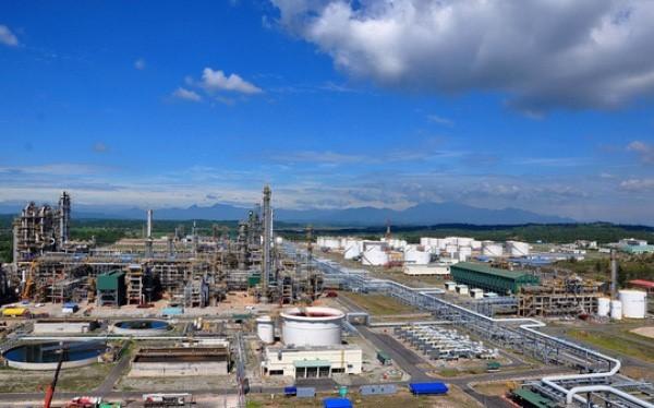 Gazprom Neft cho biết vẫn sẵn sàng đầu tư vào Dung Quất trong tương lai nếu thấy thỏa mãn với các điều kiện từ phía Việt Nam.