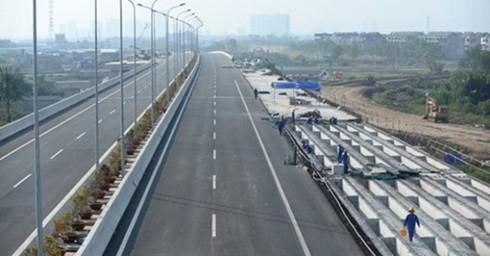 Giai đoạn 2016-2020 ngành giao thông dự kiến sẽ đầu tư thêm hơn 1.500 km đường cao tốc. (Ảnh minh họa: KT)