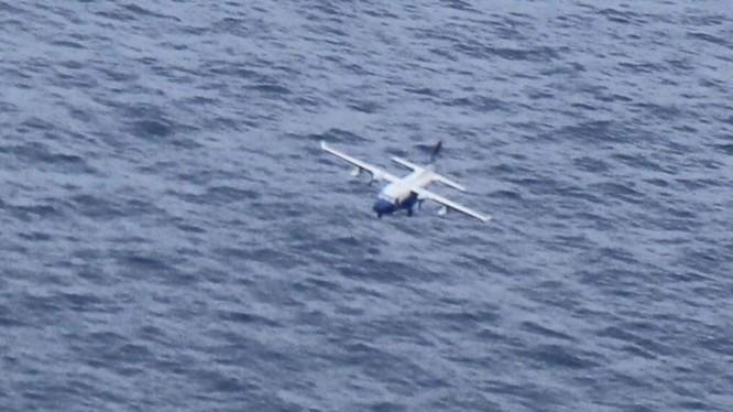 Tuần thám Casa 212 đang bay trên vùng biển Bạch Long Vỹ (Hải Phòng) - Đây là hình ảnh cuối cùng của máy bay này trước khi rơi xuống biển.
