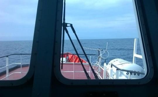 Ảnh ngoài hiện trường tìm kiếm CASA-212 (ảnh chụp từ tàu SAR 411 của Trung tâm Phối hợp tìm kiếm cứu nạn hàng hải Việt Nam) - Ảnh: MRCC